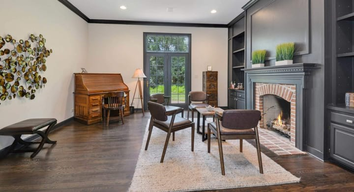 Cozy office room with a piano in lake forest