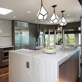 Superbe Modern Grey Color Kitchen Design With Wooden Flooring And Big Eating Area  In Lake Fores GrandviewView Project