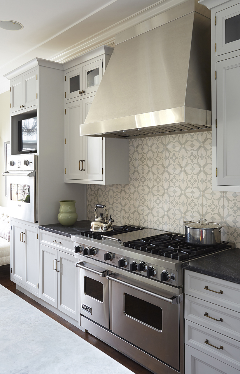 Traditional white kitchen transformation in Winnetka