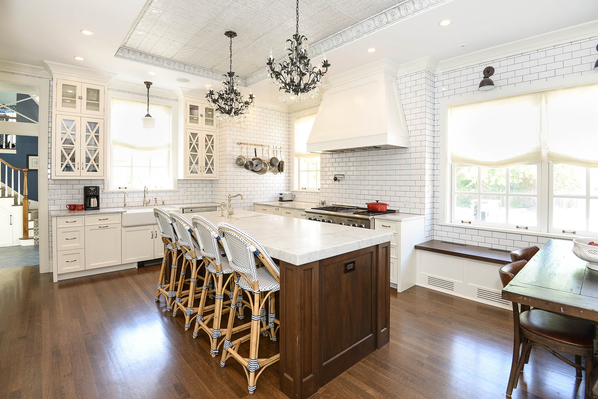 Elegant white kitchen remodeling in Kenilworth
