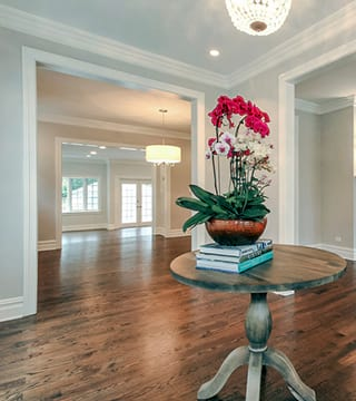 Foyer design with family room and patio Wilmette